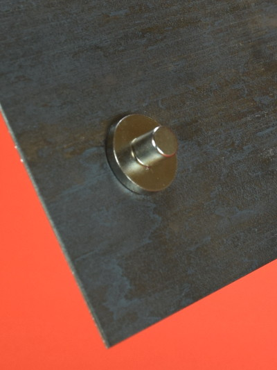 Does Steel Block Or Improve Magnetic Strength